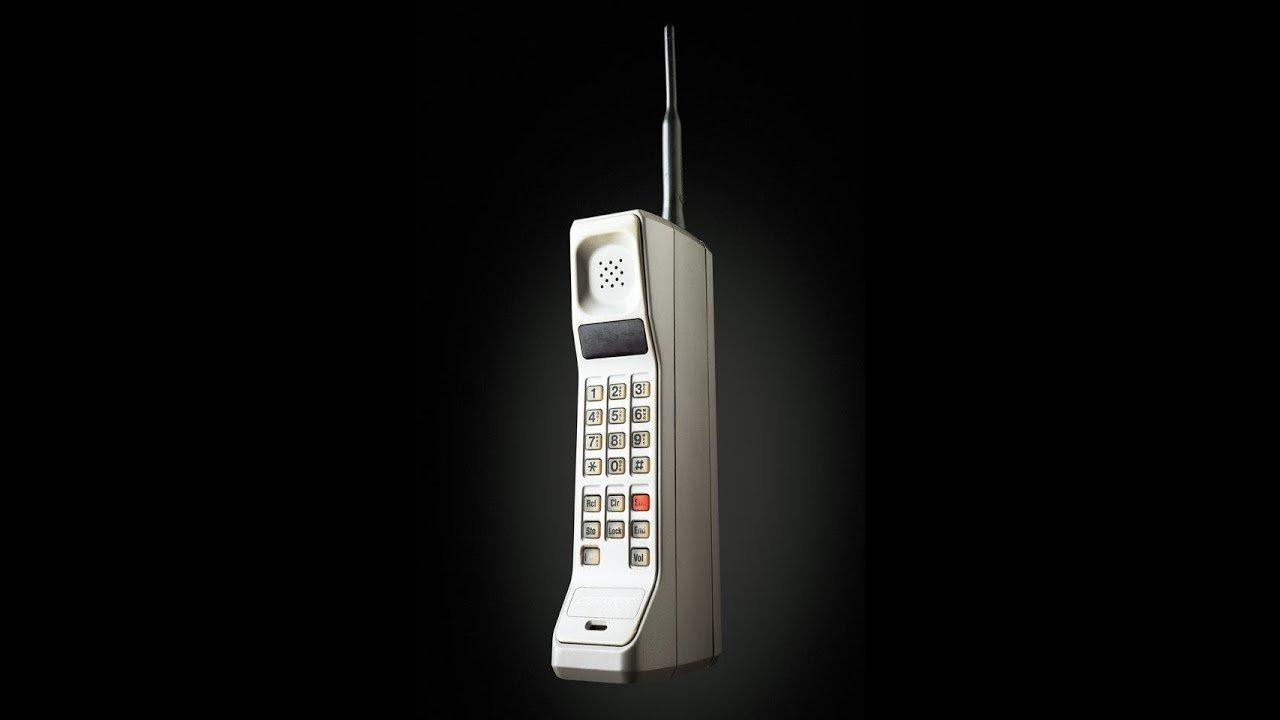 Dünyanın-ilk-taşınabilir-cep-telefonu