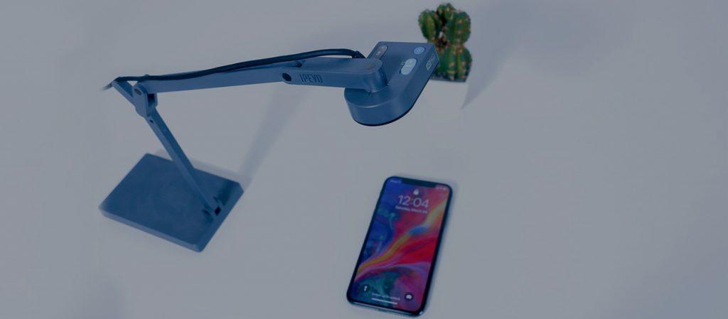 bir telefonun nasıl kullanılabildiğini gözlemlemek